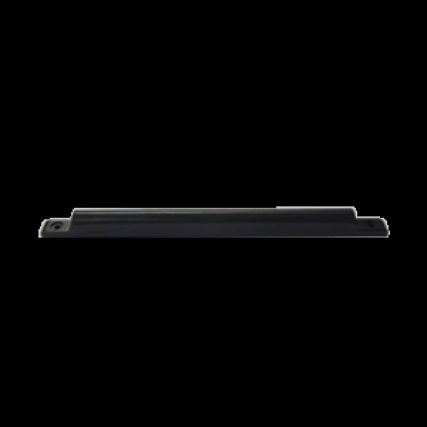ZKTeco UHF пасивен таг за прикрепяне към регистрационната табела на автомобил с тънък и стилен дизайн. Функционира при движение с ниска скорост.